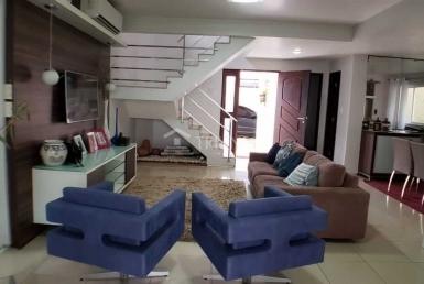 Casa em Condomínio no Olho D'agua
