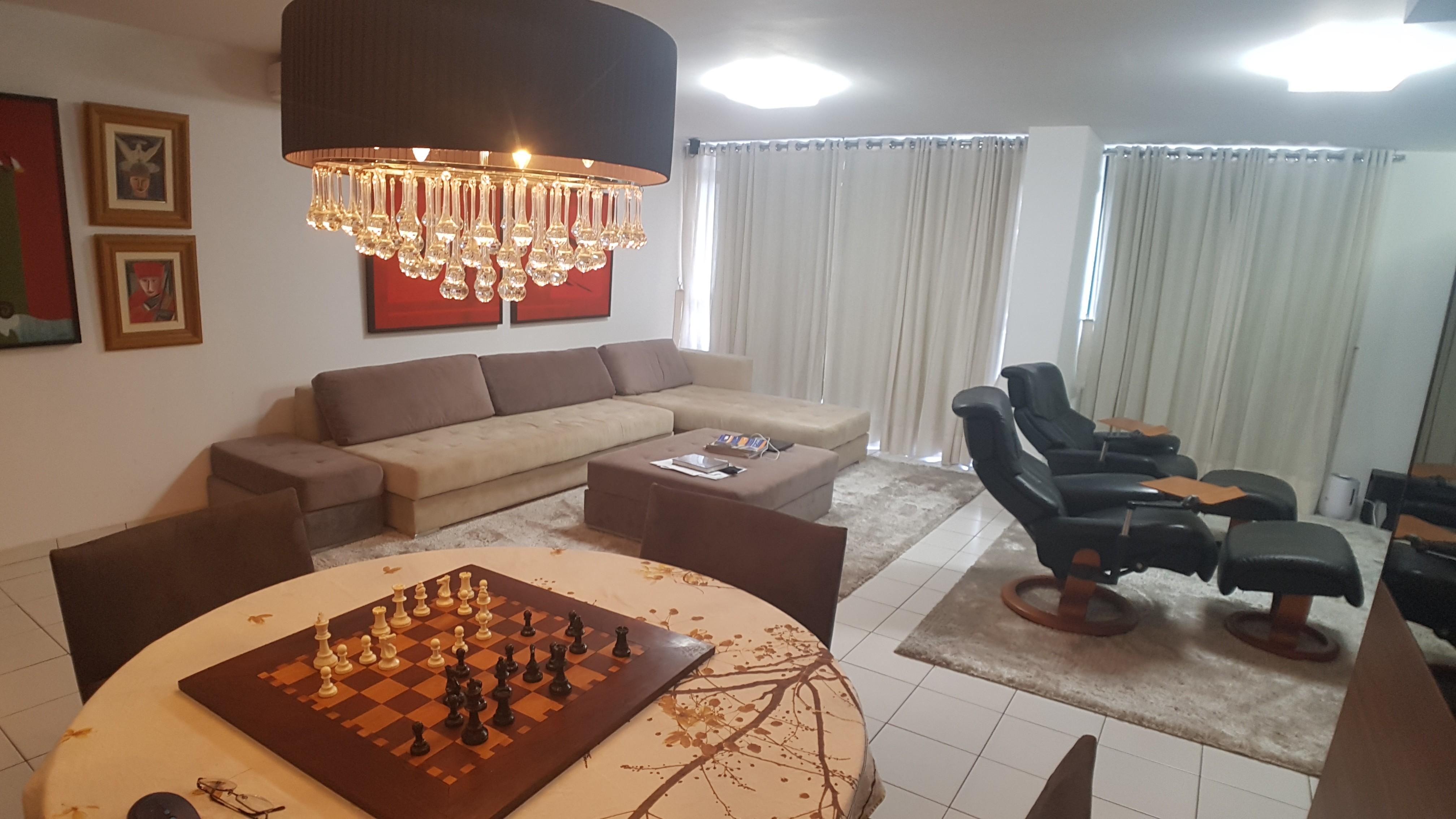 Apartamento com 03 Quartos no Horto Florestal