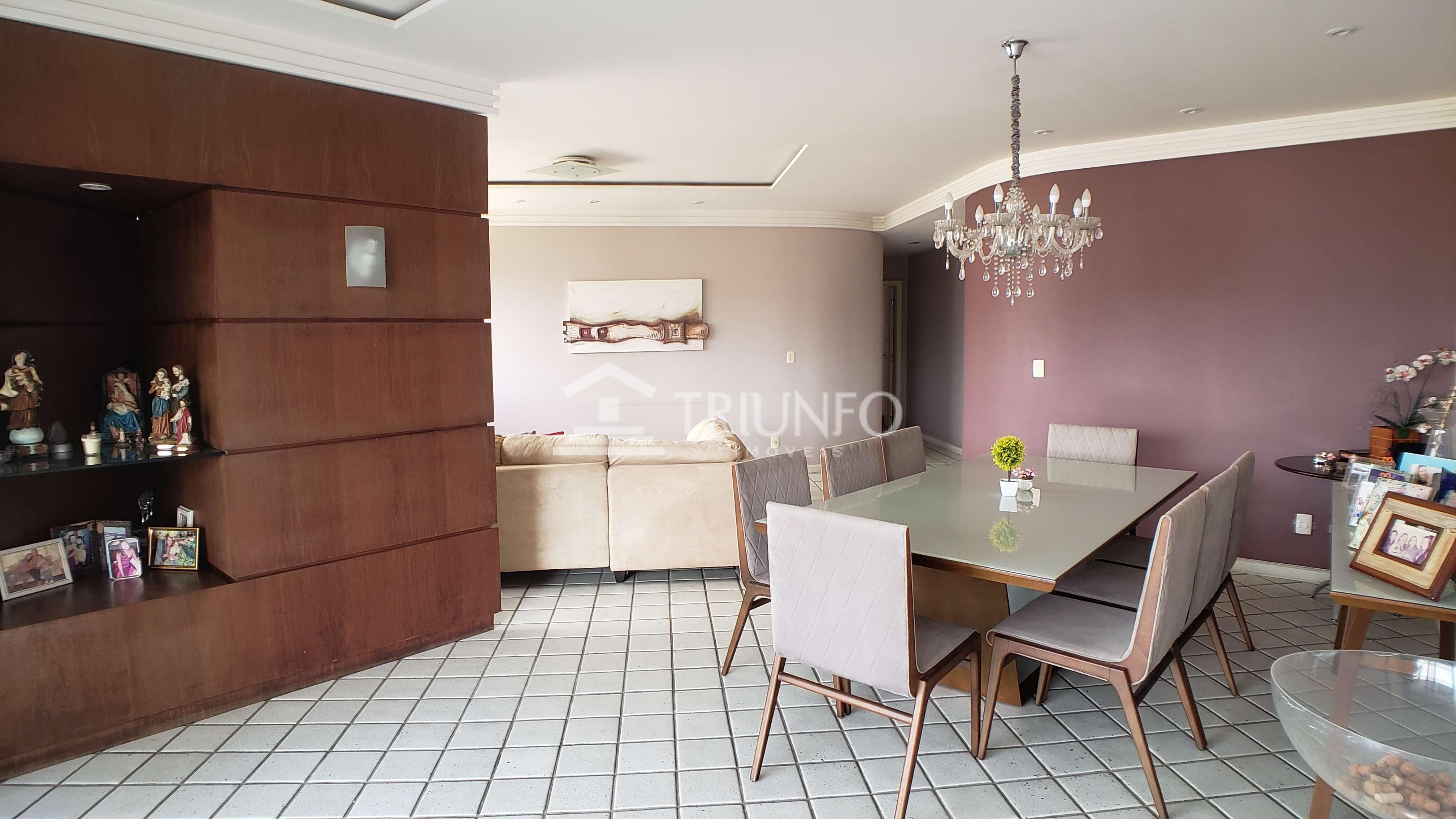 Apartamento no Bairro de Fátima com 04 Suítes