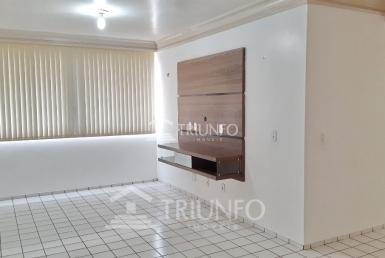 Apartamento a venda com 03 Quartos em São João