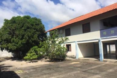 Casa Triplex no Araçagy com 04 Quartos