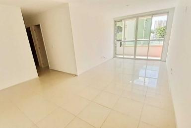 Apartamento a venda com 03 quartos no Renascença