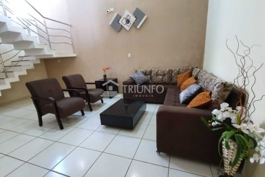 Casa Duplex a venda com 04 Quartos no Turu
