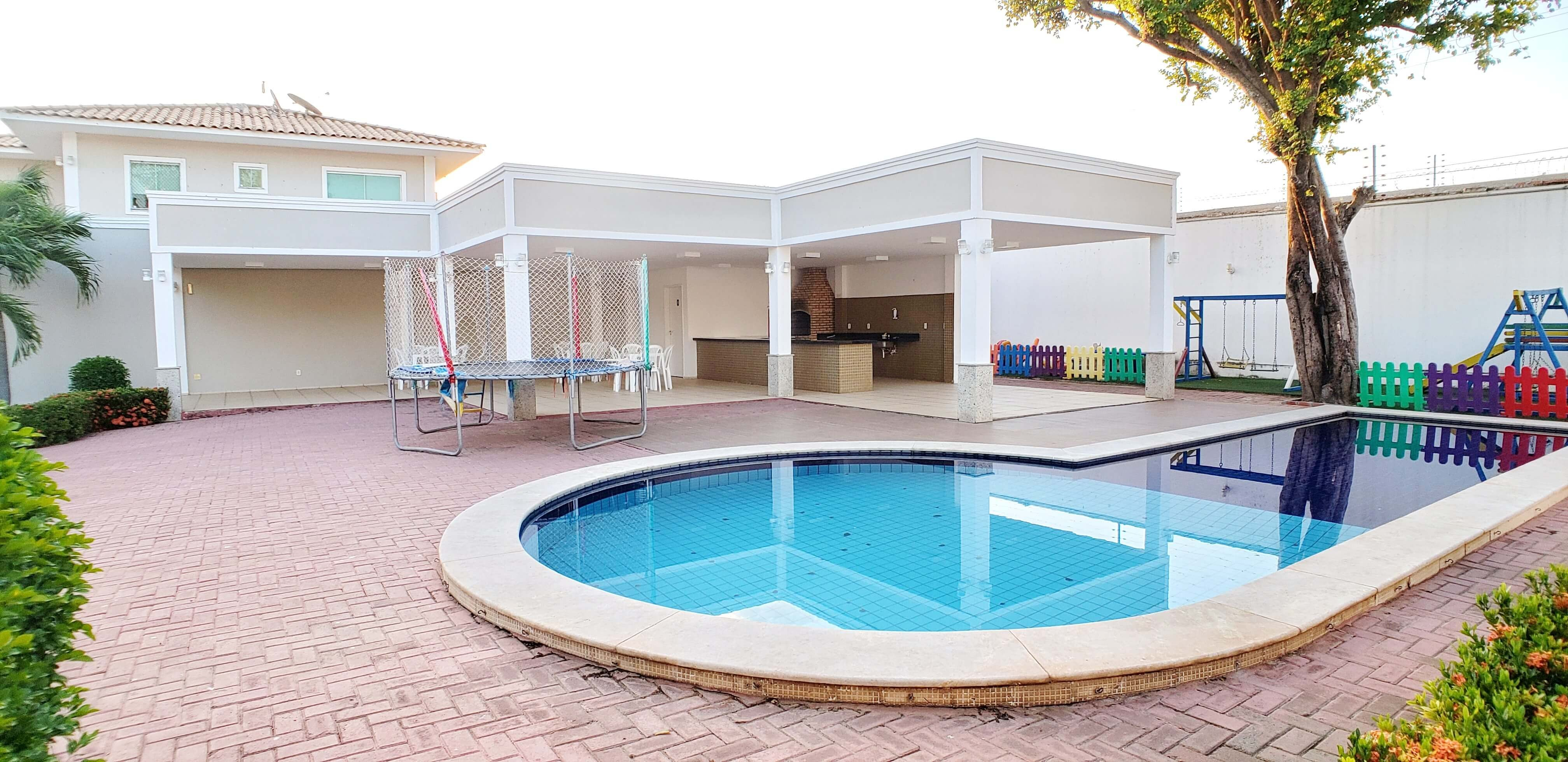 Casa Duplex em Morros com 04 Suítes