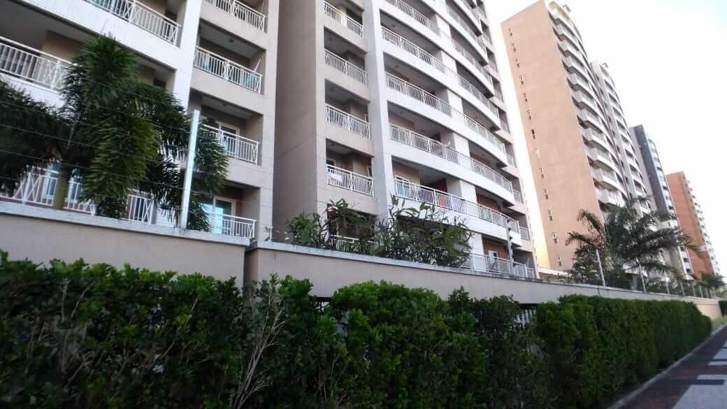 Apartamento no Guararapes com 03 Quartos
