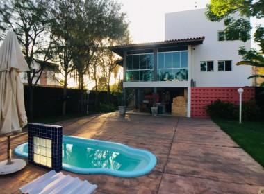 Casa em Condomínio no Tabajaras com 04 Quartos