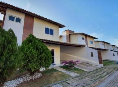 Casa em Condomínio no Jardim Eldorado com 03 Quartos
