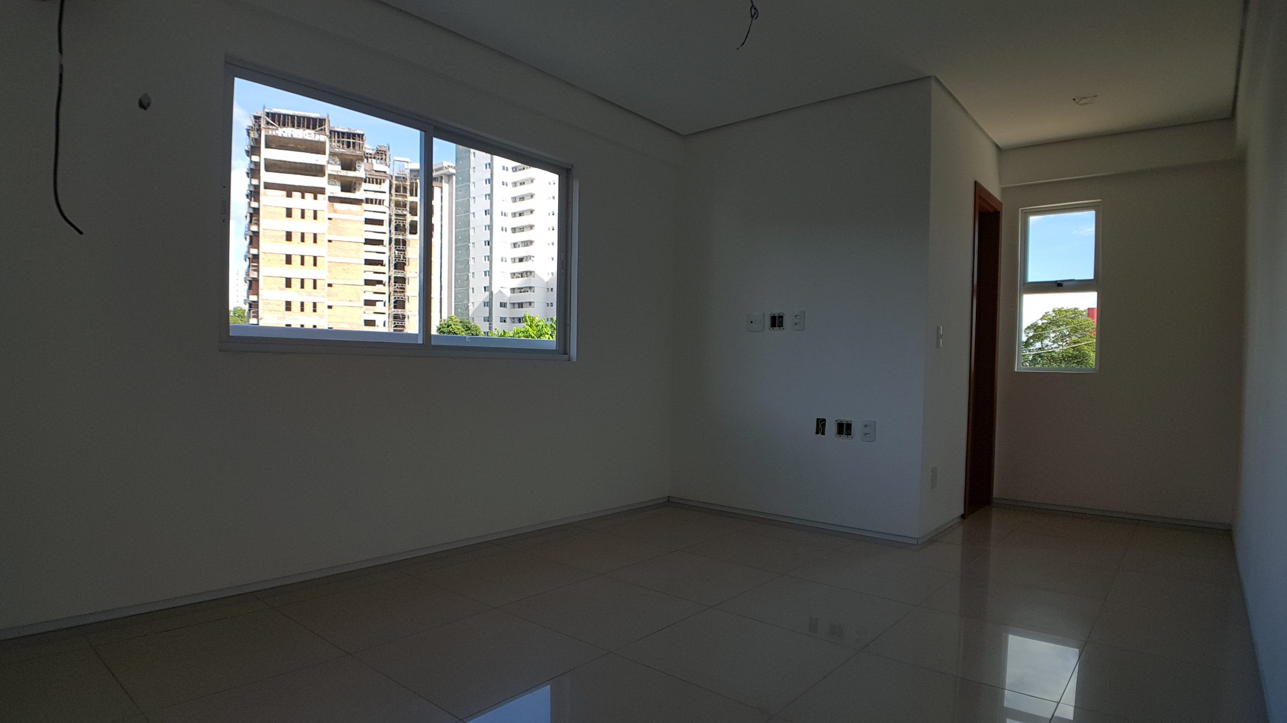 Apartamento em Fátima com 03 Suítes