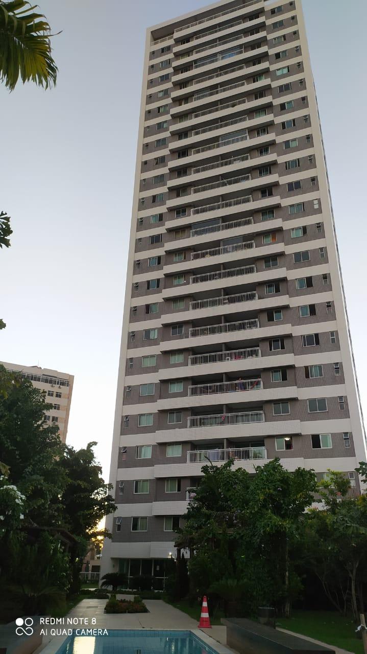 Apartamento em Fátima com 03 quartos