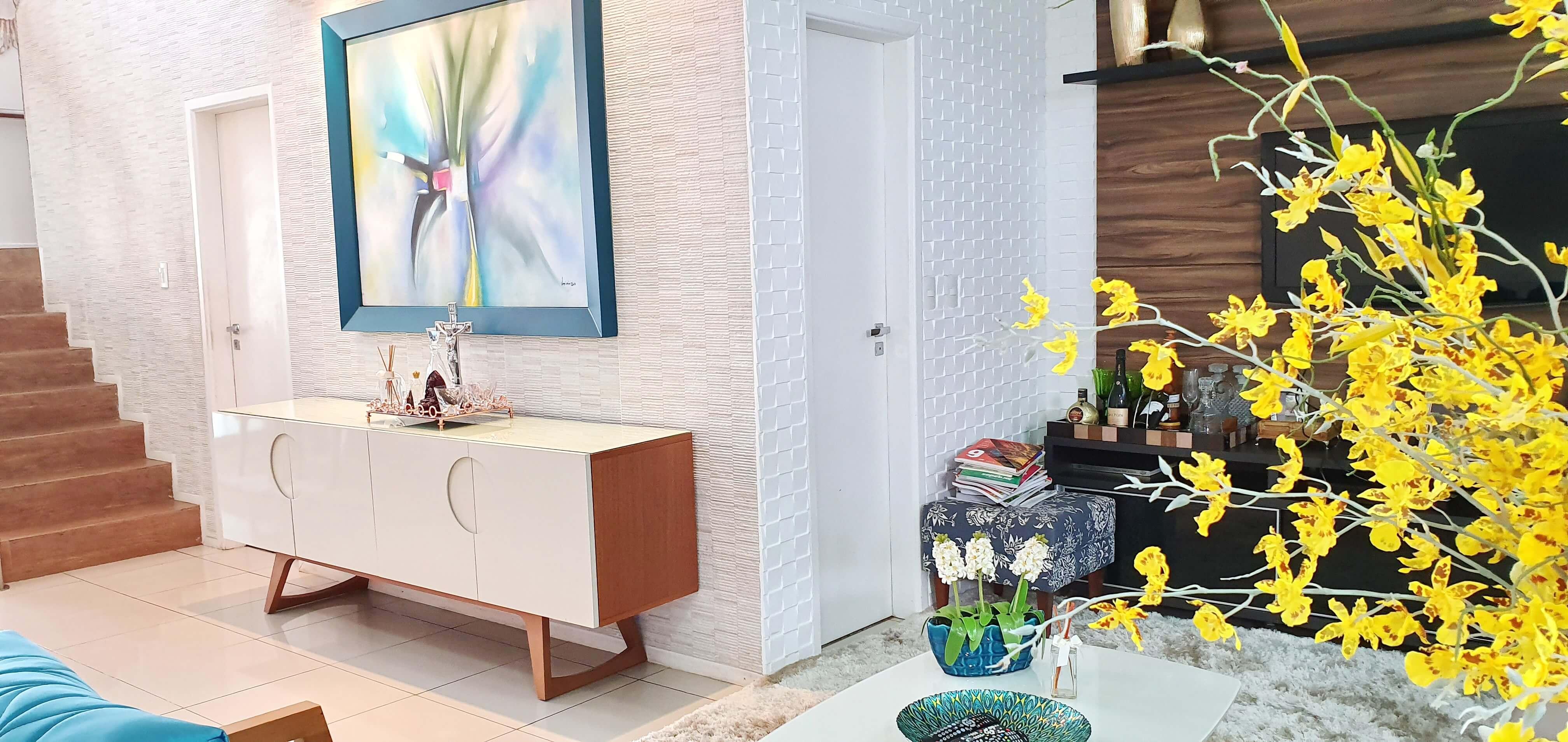 Casa em Condomínio na Santa Isabel com 04 Quartos