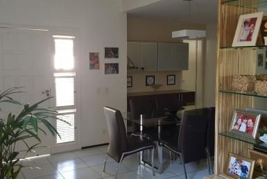 Casa em Condomínio na Lagoa Redonda