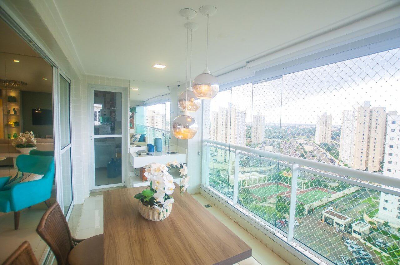 Apartamento no Altos do Calhau com 03 Suítes