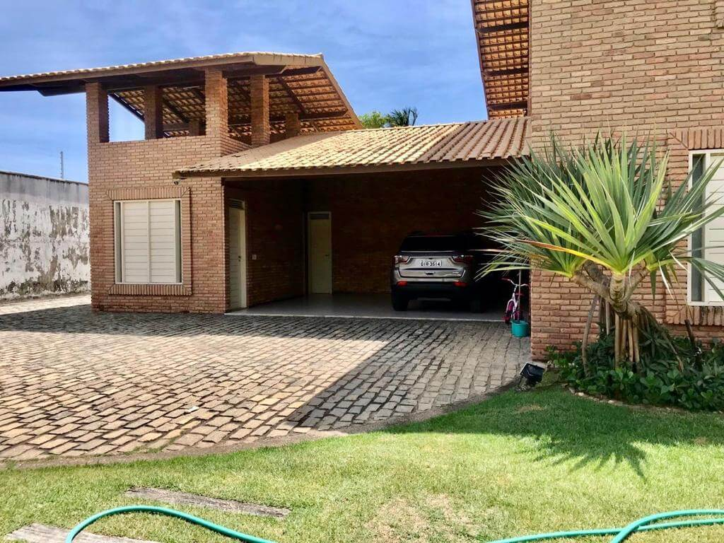 Casa Duplex no Edson Queiroz com 06 Quartos