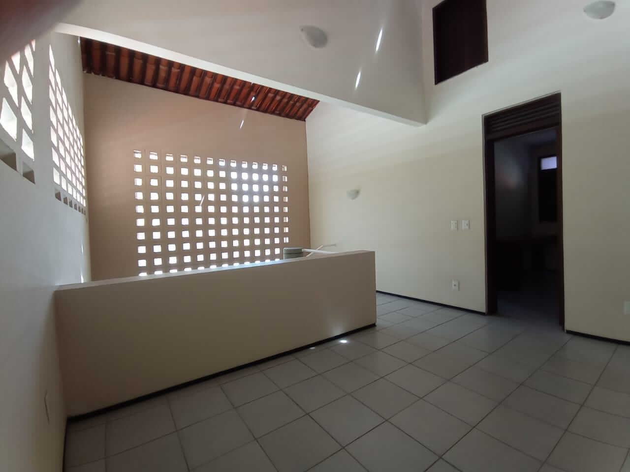 Casa Duplex no Luciano Cavalcante com 03 Quartos