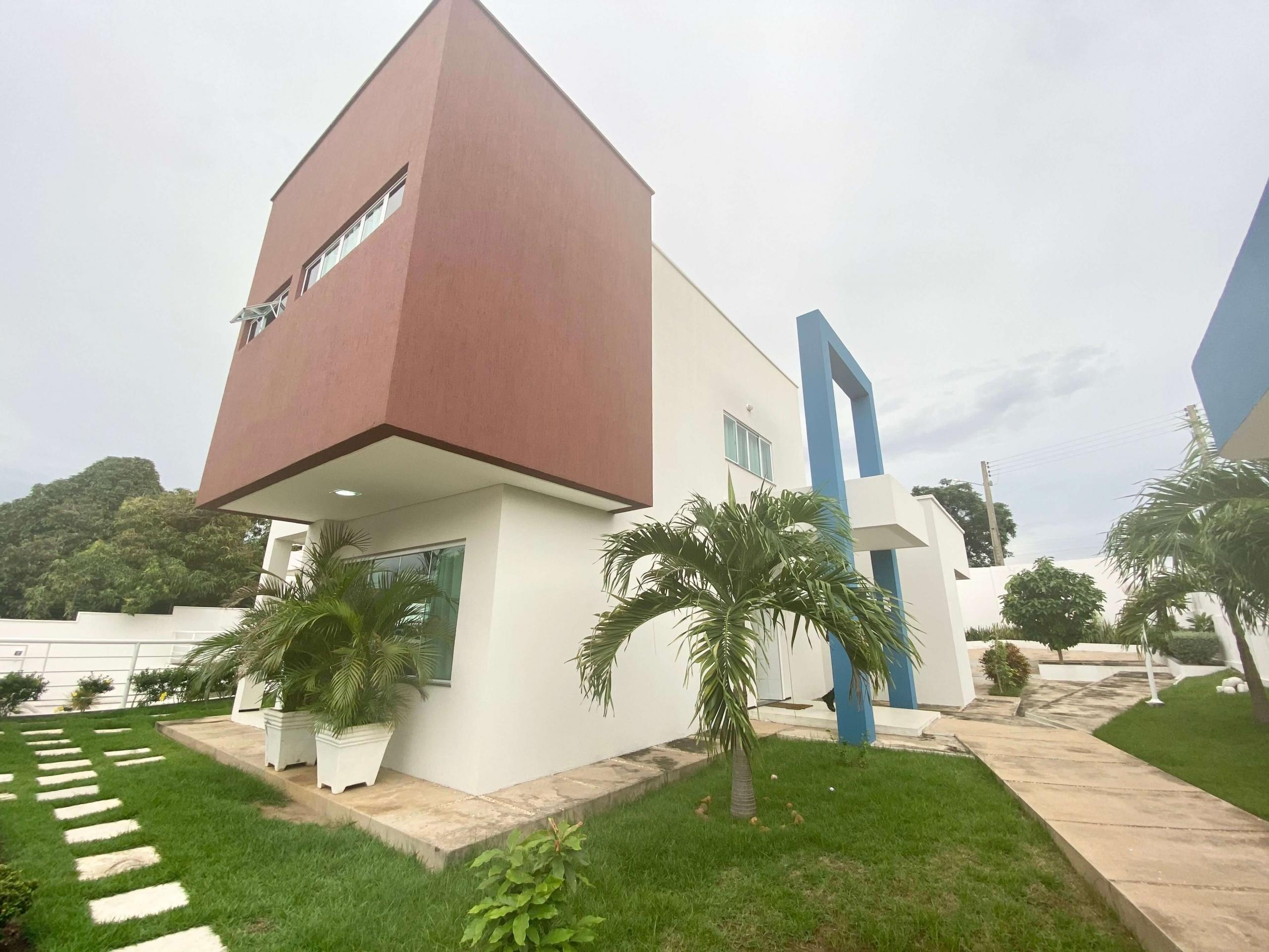 Casa a venda no São Cristóvão com 04 Suítes