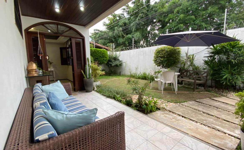 Casa no Jardim Atlântico com 03 quartos