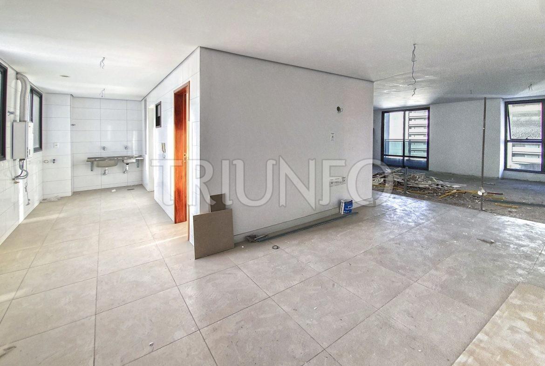 Apartamento no Meireles com 4 Suítes