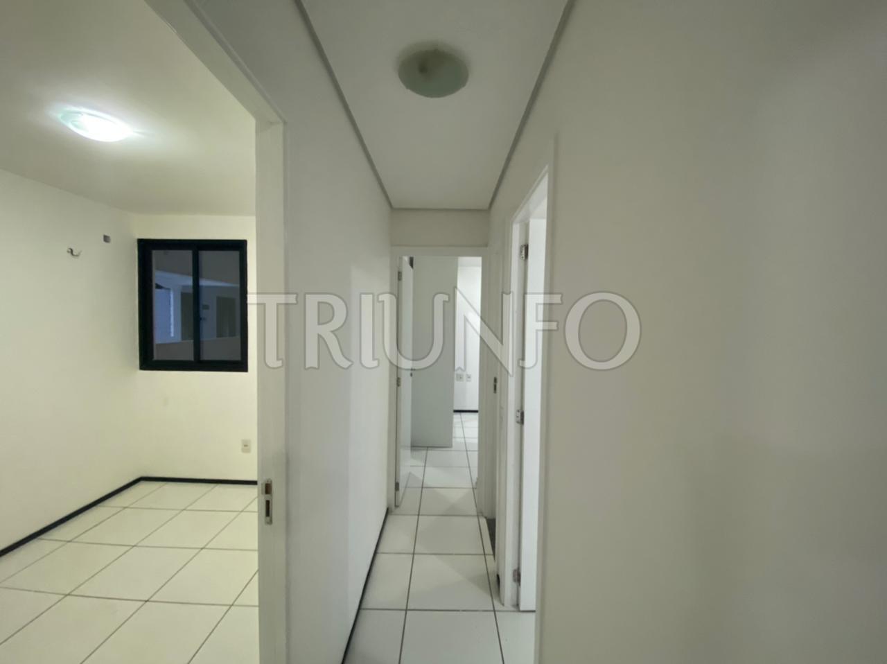 Apartamento à venda com 03 quartos no Renascença