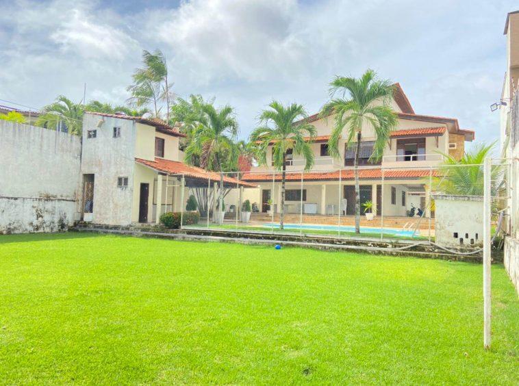 Casa no Jardim Eldorado com 04 Suítes