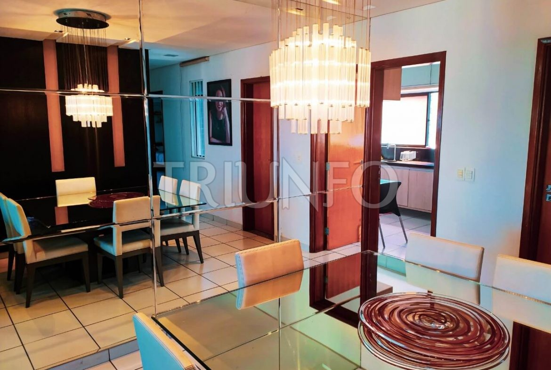 Apartamento no Ilhotas com 3 Suítes