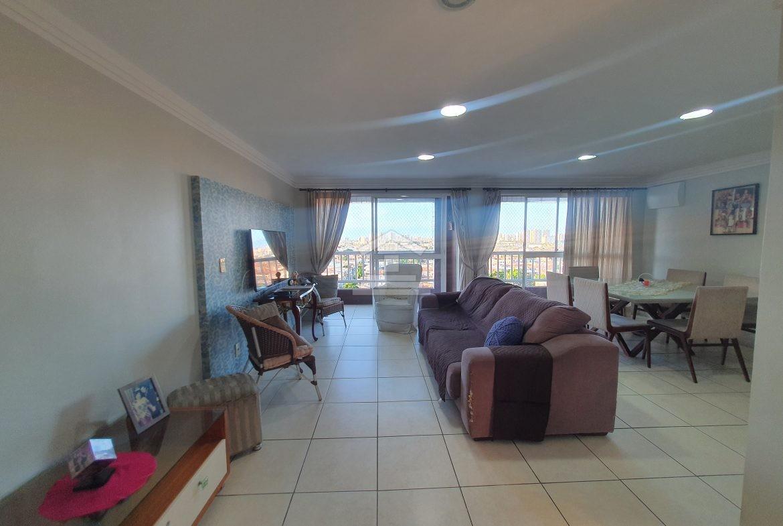 Apartamento com 04 quartos no Damas