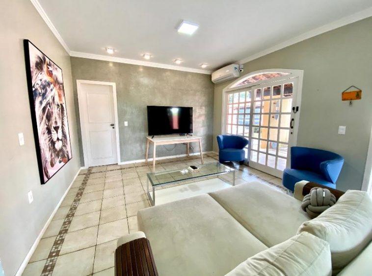 Casa Duplex no Uruguai com 4 Suítes