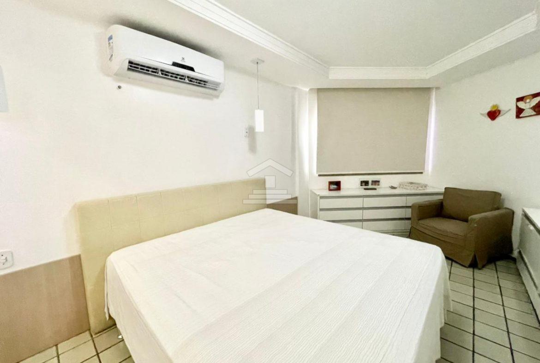 Apartamento com 03 Suítes no Ilhotas