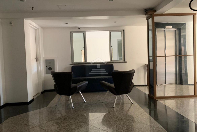 Apartamento com 02 quartos no Jóquei Clube