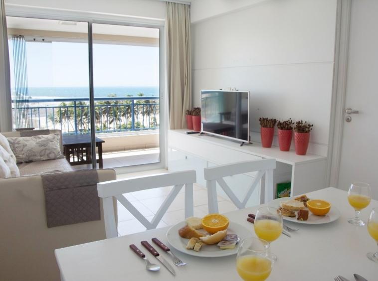 Apartamento com 02 quartos na Praia do Futuro