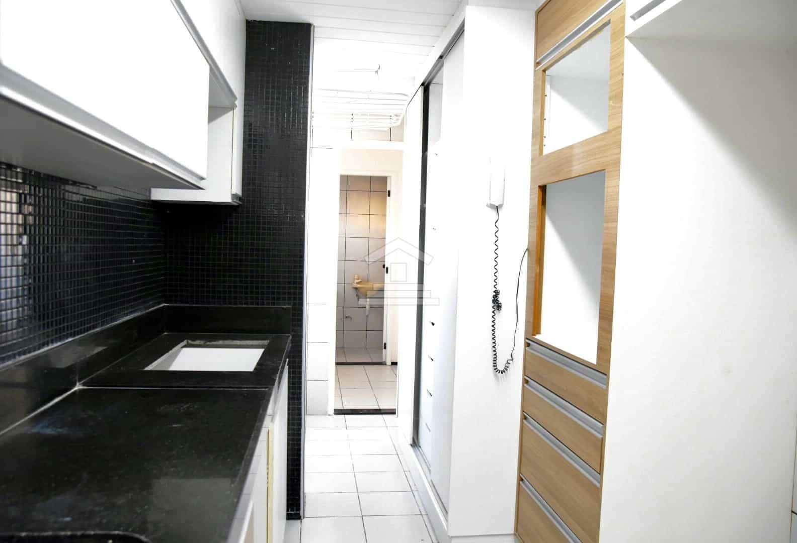 Apartamento à venda no Cocó com 3 suítes