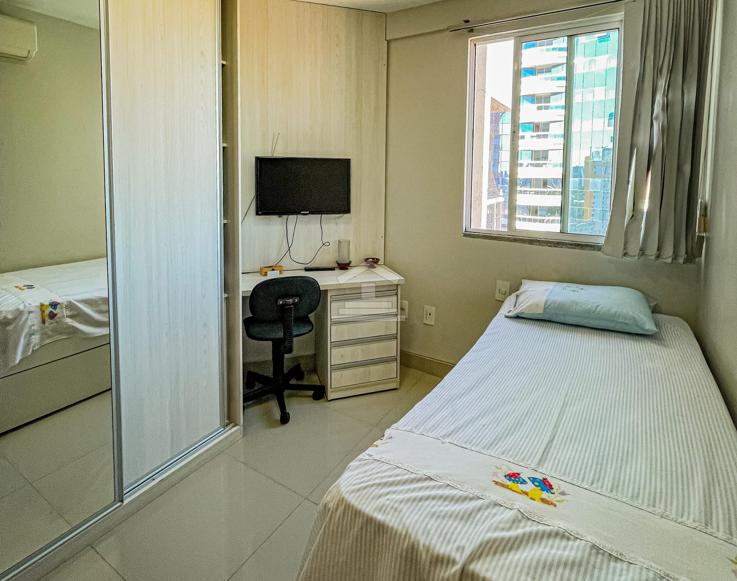 Apartamento no Jóquei Clube com 03 quartos