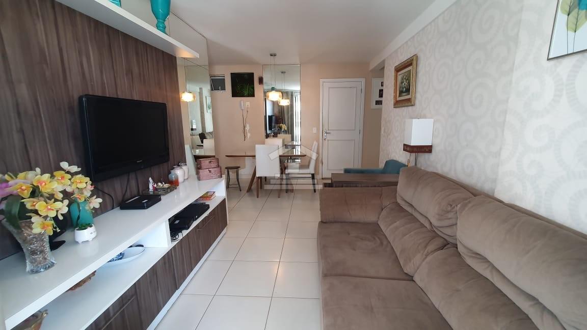 Apartamento com 03 quartos no Parque Shalon