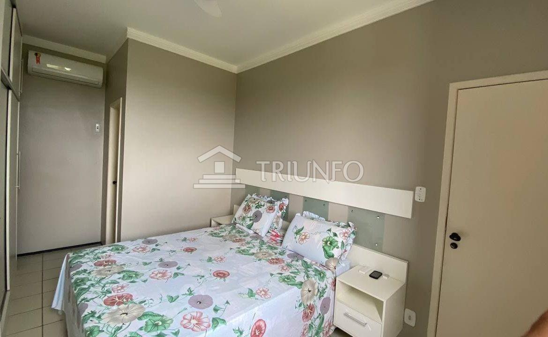 Apartamento no Renascença com 02 quartos