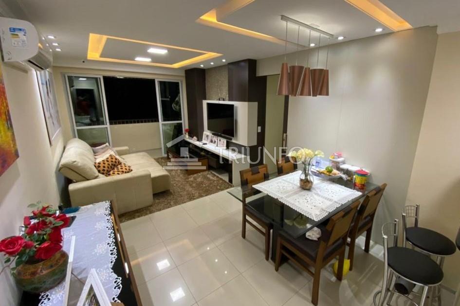 Apartamento no Renascença com 03 Quartos