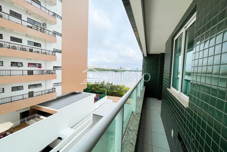 Apartamento com 02 quartos na Ponta D'Areia