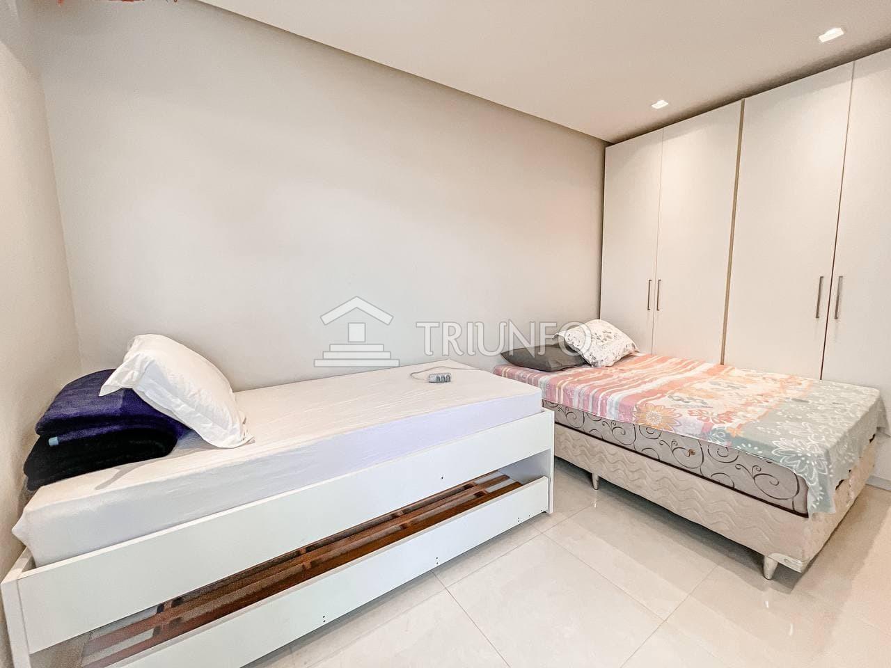 Apartamento na Ponta do Farol com 04 Suítes